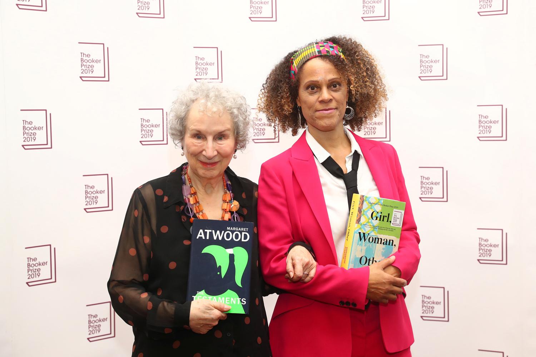 Margaret Atwood et Bernardine Evaristo, REUTERS/Simon Dawson