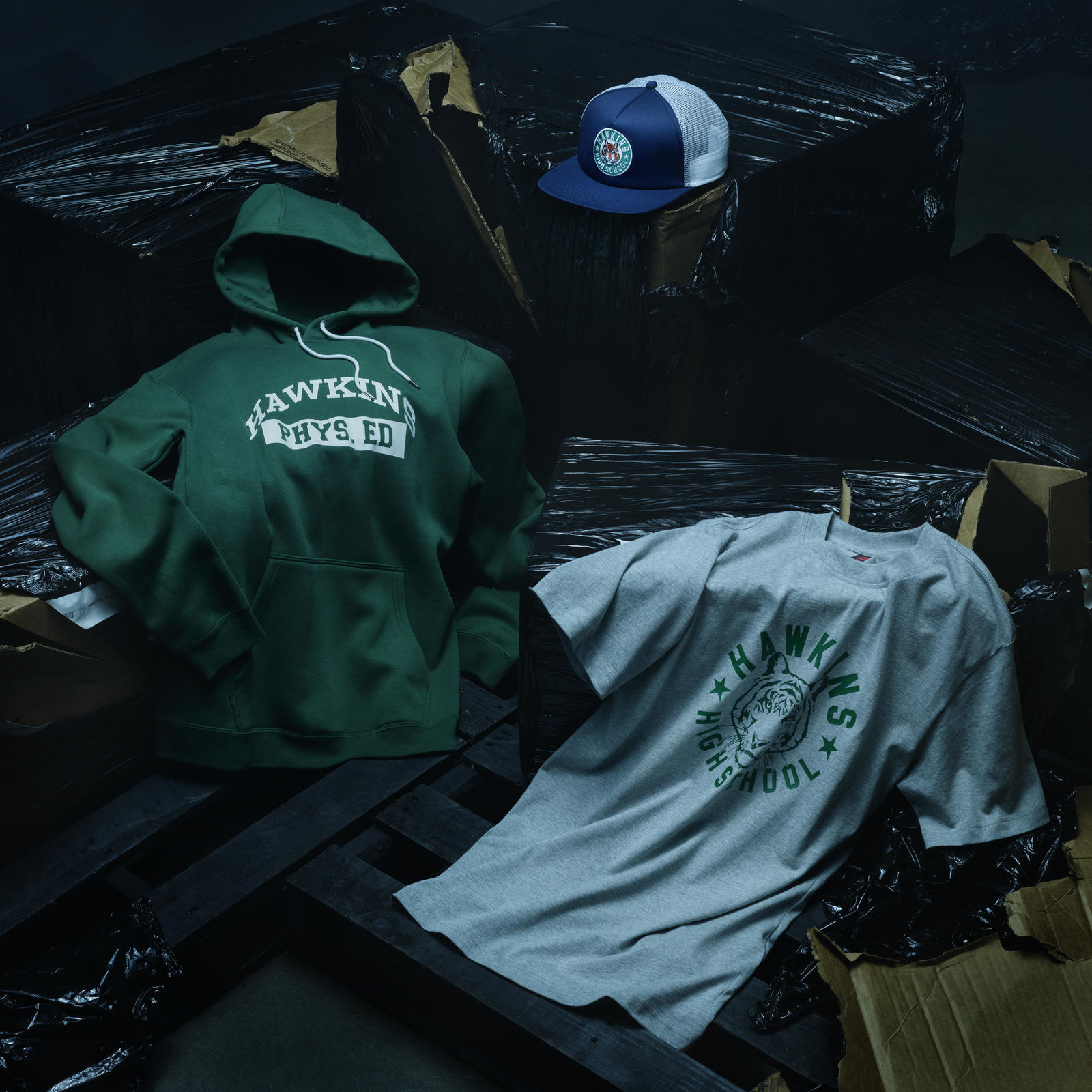 Hawkins High kleding, Nike