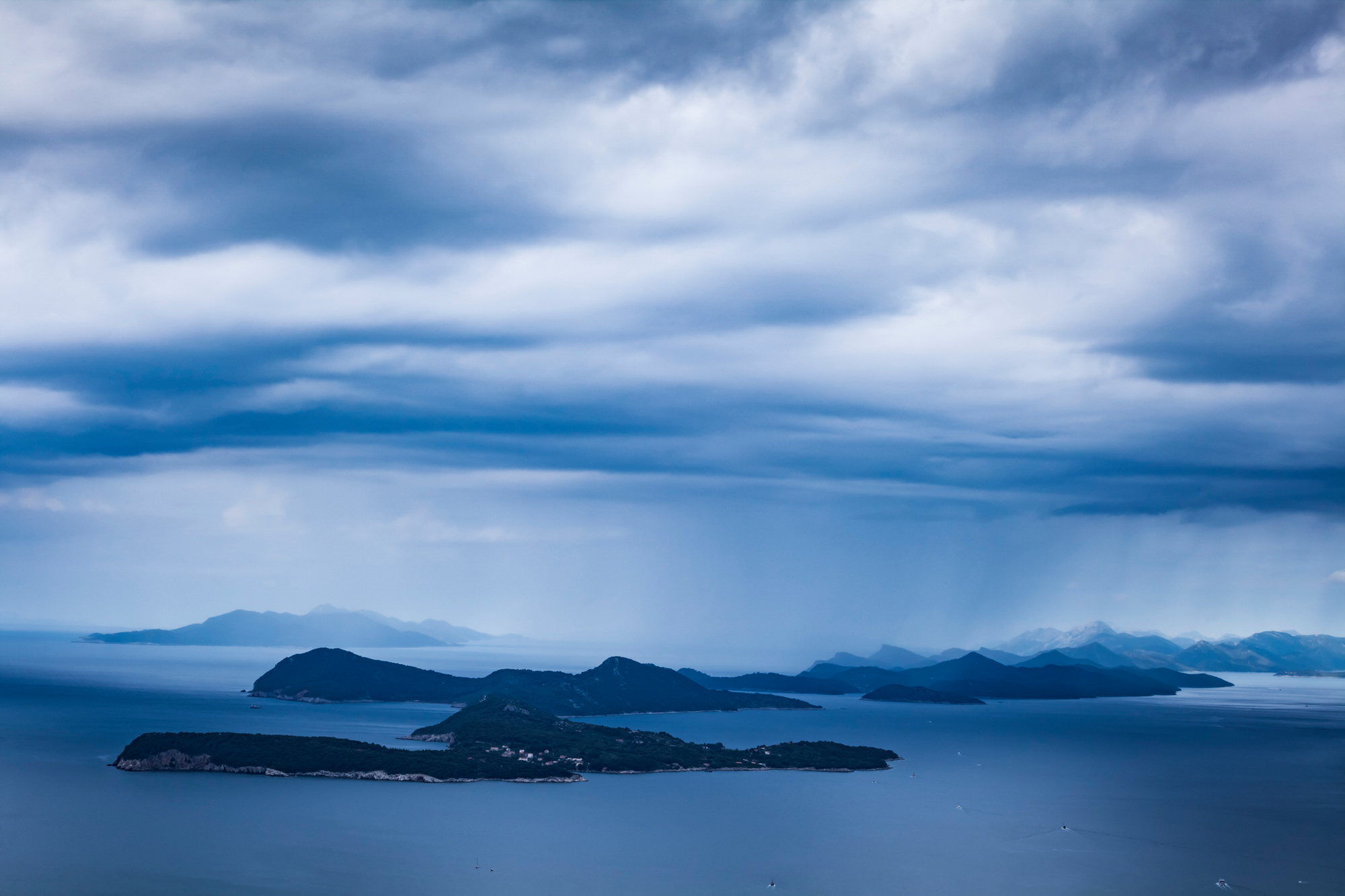 Een uitzicht op de Elaphiti-eilanden., Getty Images
