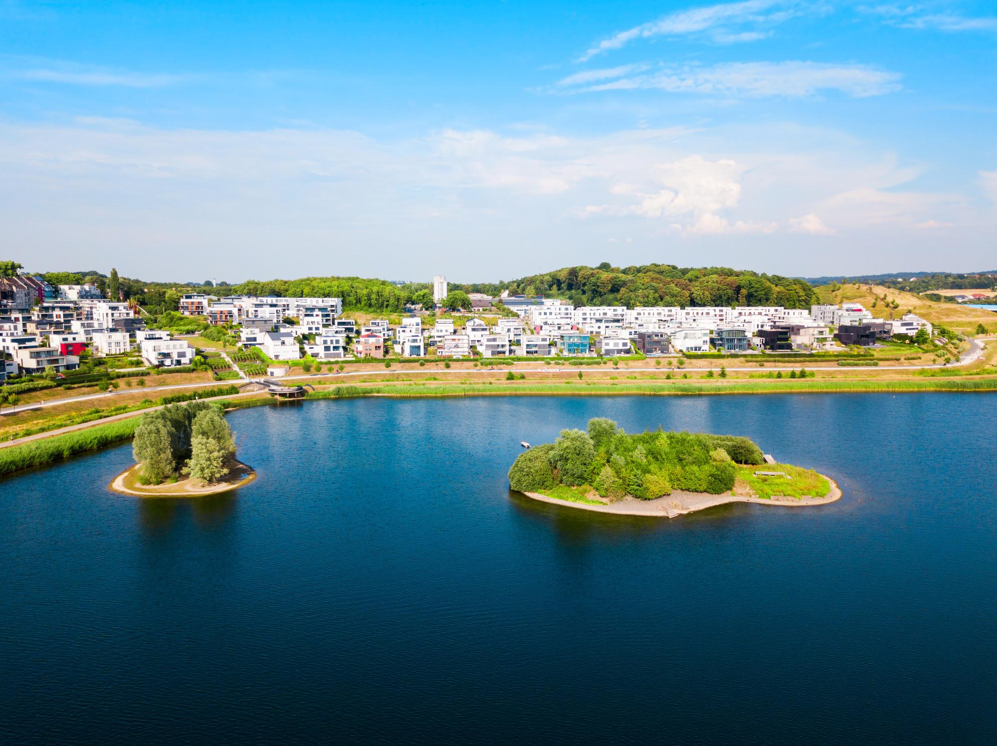 Phoenix See, kunstmatig aangelegd meer in Dortmund, Getty