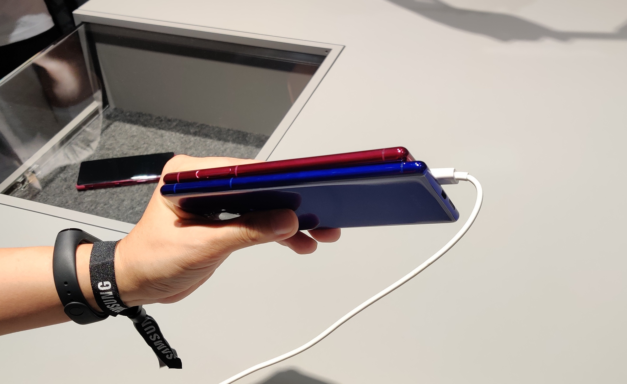 Sony Xperia 5, PVL