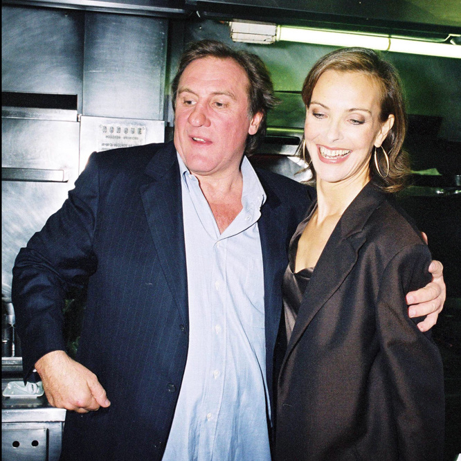 Gérard Depardieu et Carole Bouquet, un temps partenaire, à la ville et en affaires, Getty Images